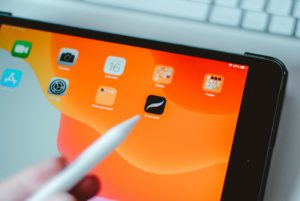 10 Must-Know Procreate Tips For Beginners